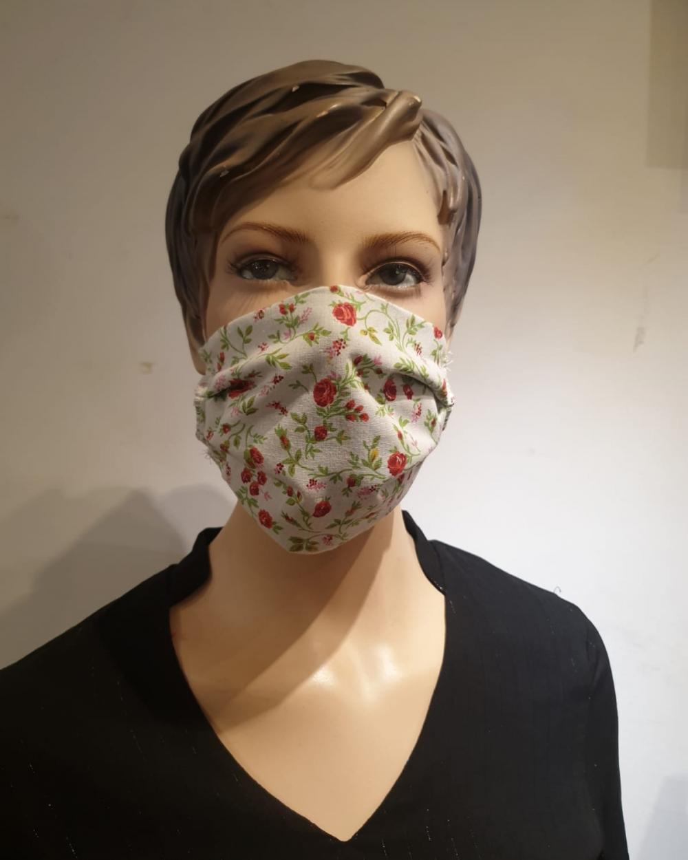 masque motif rose